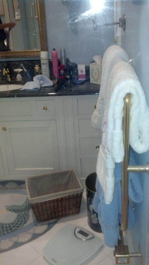showerdoorrestoration2afterstsimonsislandga
